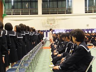 稲美中学校の入学式でした: 兵庫...